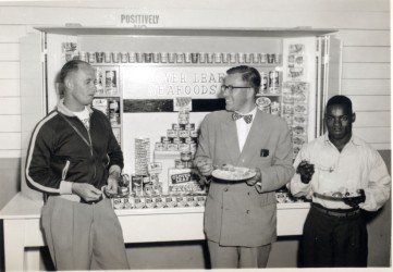 Clover Leaf Display, 1954. City of Richmond Archives Photograph 2001 34 9-93